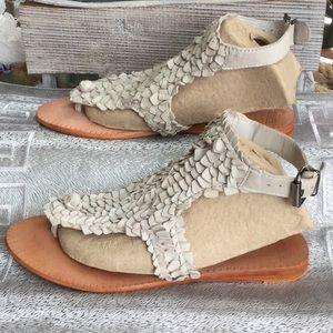 Zara woman's size 37, size 6-6.5 sandal